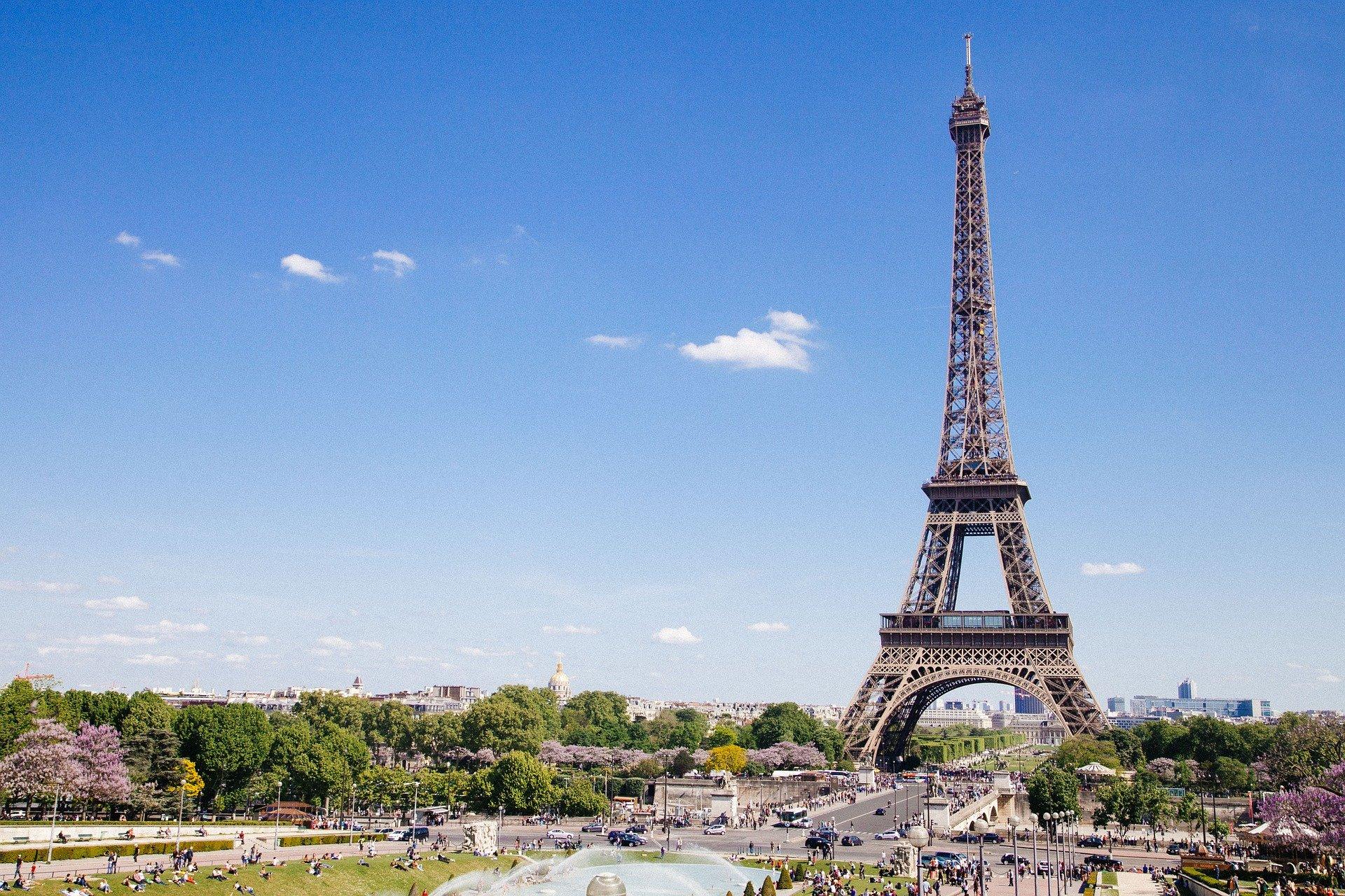 formalités administratives pour les entrepreneurs parisiens